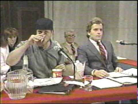 Classic Dave - Chris Elliot at Iran/Contra hearings, 7/21/87