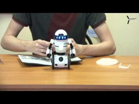 Видеообзор робота WowWee MIP White