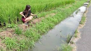 田舎の用水路「ミミズ」で釣ってもちろん食べる。