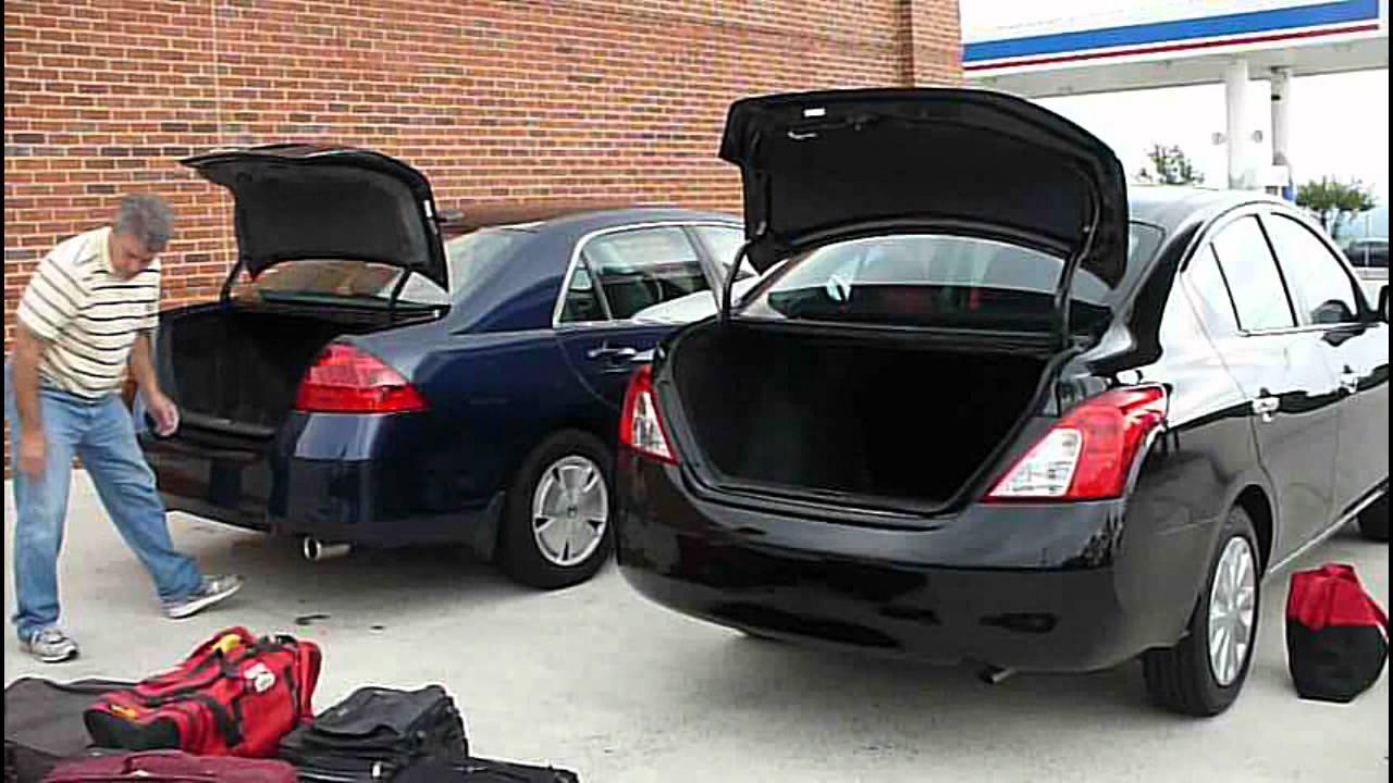 Nissan Versa 2012 Trunk Test - YouTube