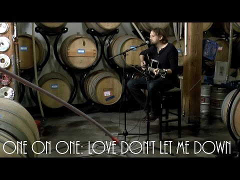 ONE ON ONE: Hayes Carll - Love Don't Let Me Down April 13th, 2016 City Winery New York