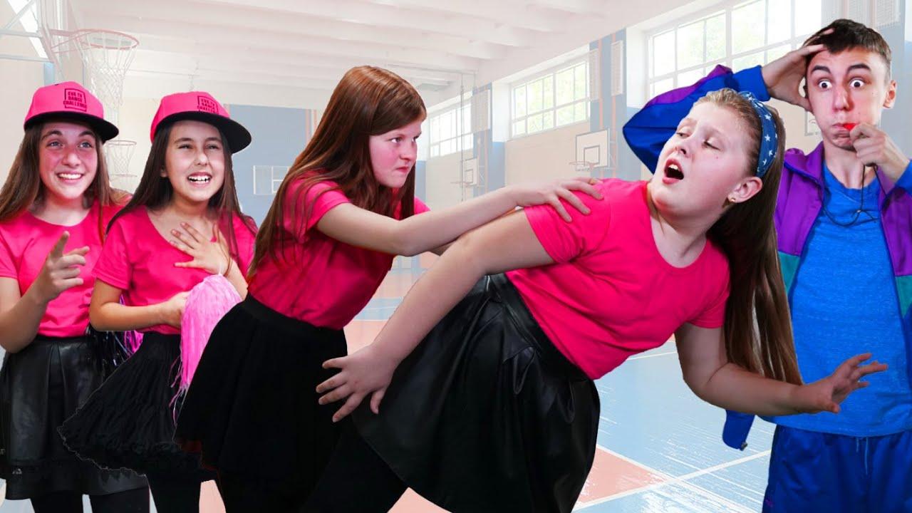 ¡Eva y amigos ya no son amigas de Sophie! ¿Quién tuvo un enfrentamiento en la escuela?