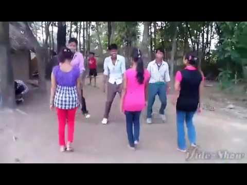 Humshakal video sang