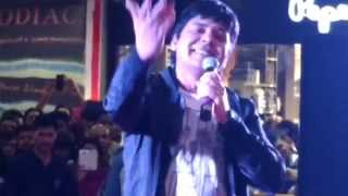 Sudesh Lehri Singing Song in Pune (Dil De Diya Hai..)