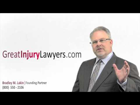 Car Accident Attorney St. Louis - Brad Lakin on Reporting Accidents to Insurance