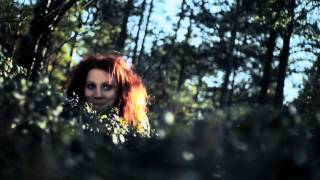 "Elin Kåven ""Ulda niktá / Ulda allures"" music video"