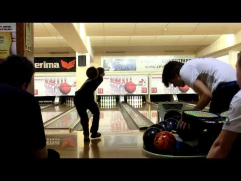 Some Bowling from the European Men Championships Vienna (2)