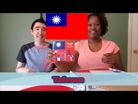 Universal Yums unboxing.  July 2016 - Taiwan