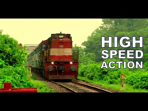 HWH ALCo WDM3D Powered Guwahati - Bengaluru Cantt Superfast Express Thrashes Kendukona, Assam