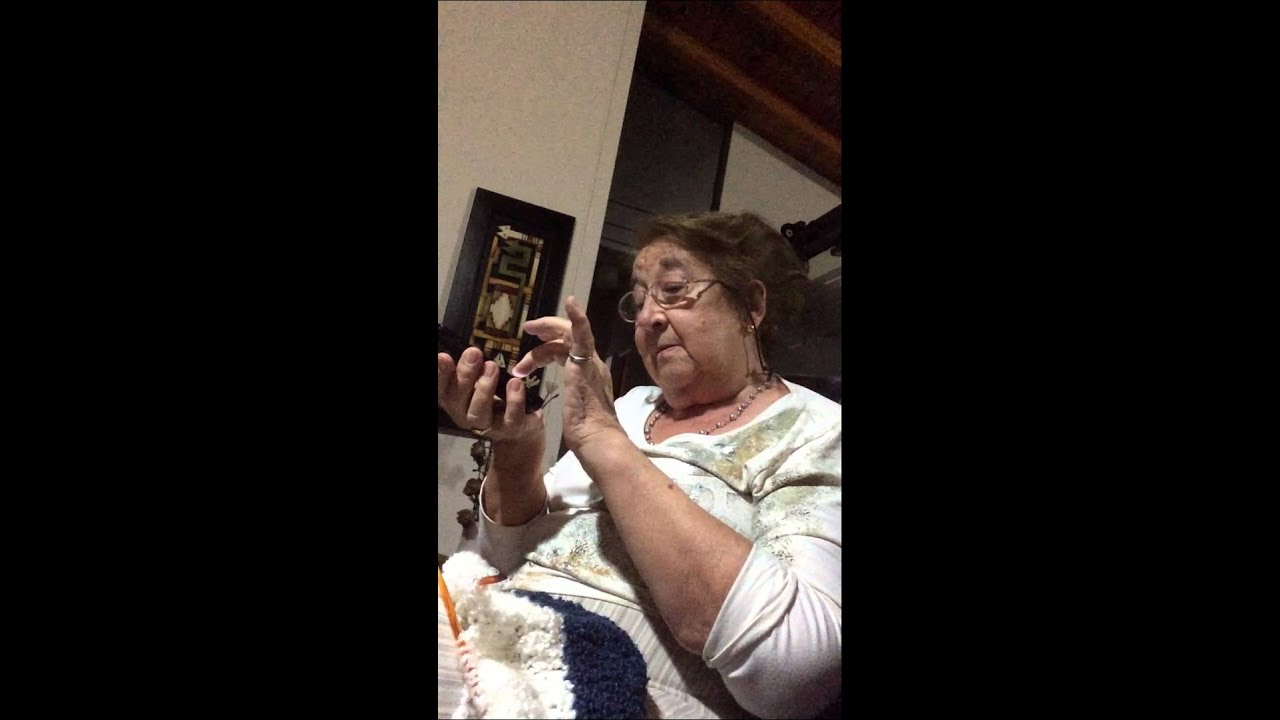 A la abuela le gusta que la toquen - 3 part 1