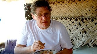 Marco Pierre white in Sri Lanka with Land Rover
