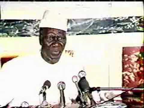 Sekou Toure en conference de presse à Paris