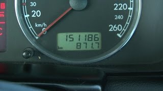 Koliko polovnih automobila ima nameštenu kilometražu?