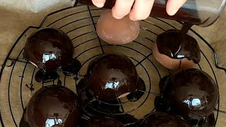 Chocolate Mirror Glaze Recipe without Glucose (Mirror Glaçage)