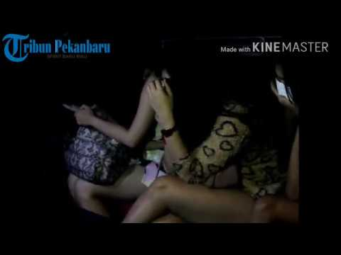 Pengujung Club Malam Kelabakan Saat Razia BNN Riau