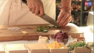 Классика итальянской кухни -- ризотто с белыми грибами и спаржей