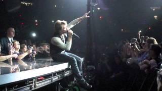 Bon Jovi Bed of Roses Live @ MSG - Jon's wink