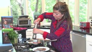 Guatemalan Bistec-quick And Easy Pan-seared Minute Steaks With Onion And Tomato.