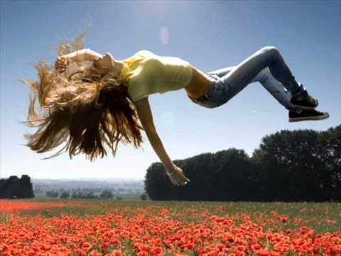 Laura Pausini - Escucha Atento (Kelly Pitiuso & Strump Dub Mix)