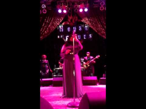 Lalah Hathaway House of Blues Chicago -I'm Coming Back