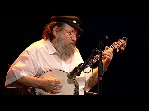 The Old House/ Maid Behind The Bar/ Boyne Hunt/ Shaskeen Reel/ High Reel - The Dubliners (40 Years)