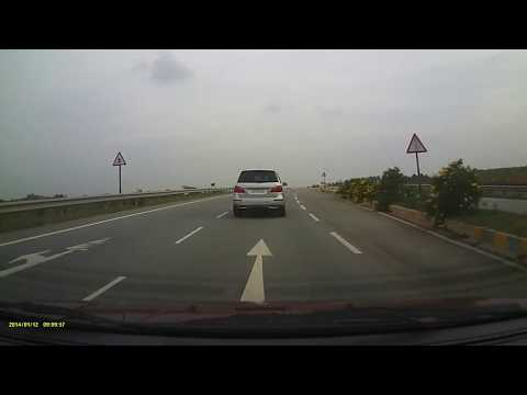 Highway drive on the Ford Aspire Sports