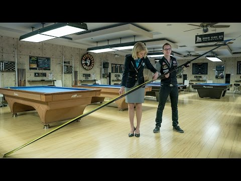 LONGEST POOL CUE EVER | Guinness World Records