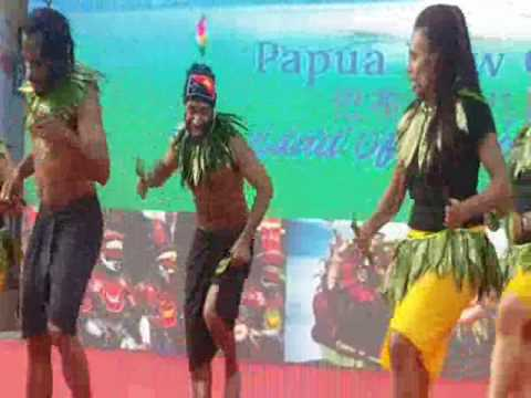 PNG Students in Beijing UIBE Cultural Festival