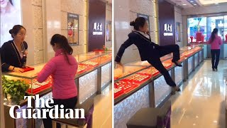'Jewellery-stealing' prank takes off in China
