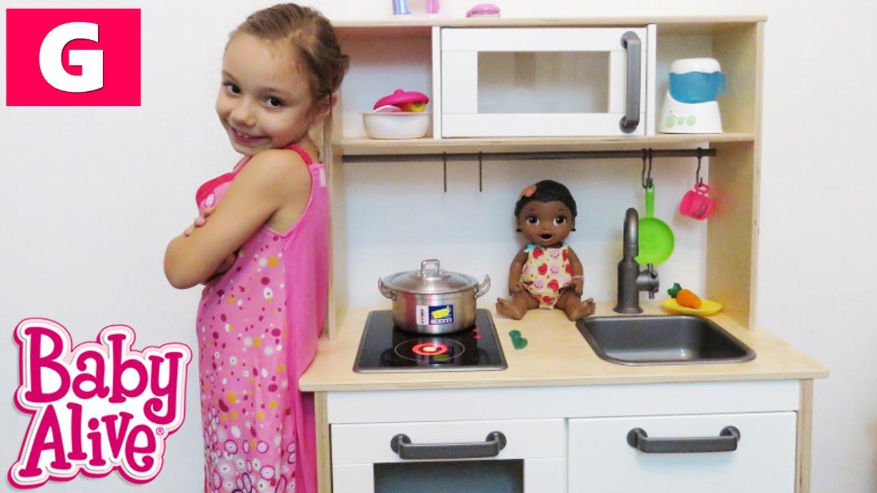 Baby Alive Brincando De Cozinha E Comidinha Com Minha Boneca