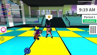 me playing with meh friends on roblox🙃🙃.mp4