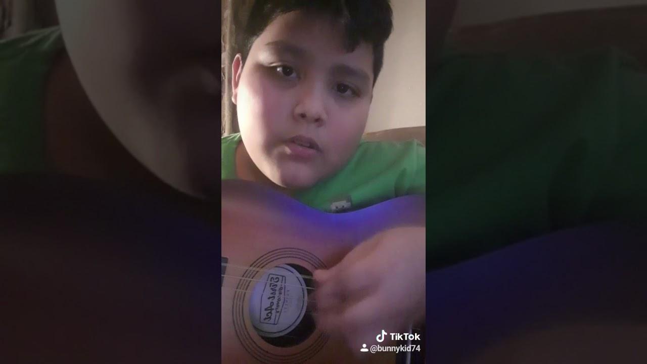 My tik tok singing vid - YouTube