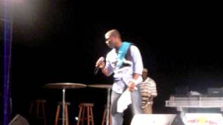 sammy starr performs live at the bahamas best dance crew