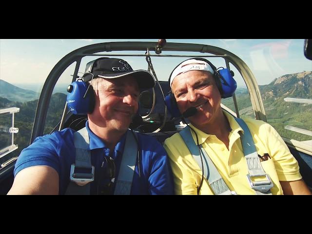 mit dem Motorsegler vom FSV Rosenheim im Kaiser Gebirge