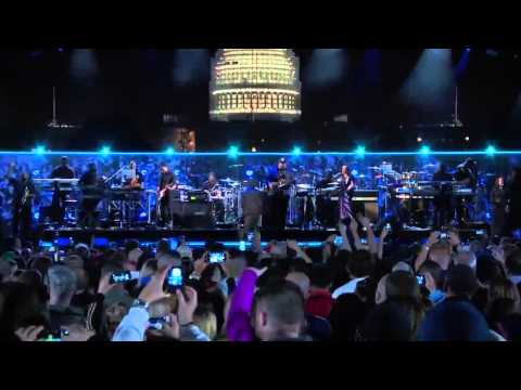 Eminem & Rihanna  at The Concert for Valor 2014 Full Performance HD