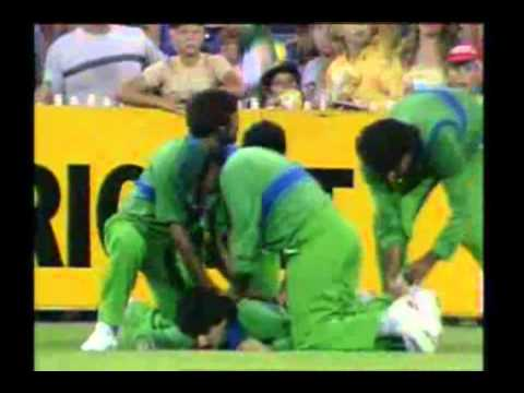 KRIS SRIKKANTH 2 SIXES 1985 MCG vs PAKISTAN