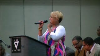 Kierra Sheard Singing Indescribable (AIM 2013)