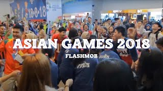 Download lagu VIRAL UYYY! [FLASHMOB ASIAN GAMES 2018] 'Meraih Bintang' Via Vallen - Bandara SMB II PALEMBANG