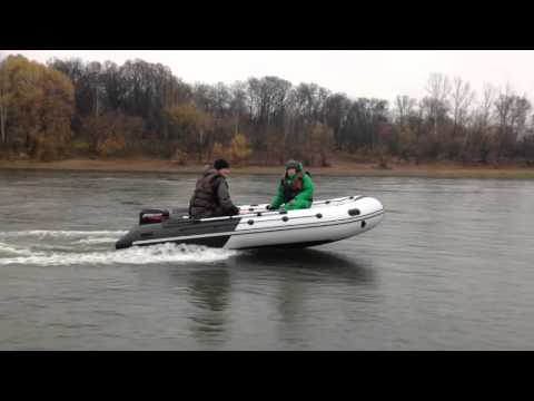 видео лодки пвх с мотором на воде