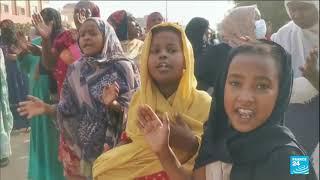 Sudan unrest: Military seizes power and dissolves govt after PM arrest • FRANCE 24 English