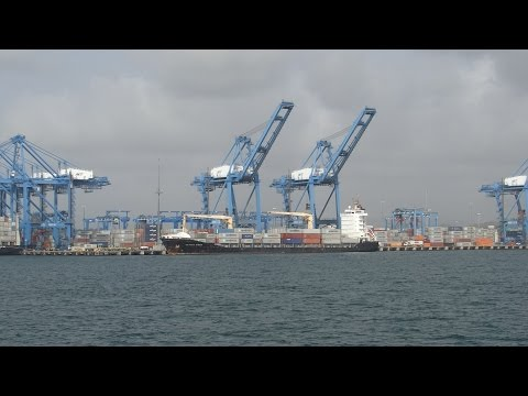 Panama Canal, Panama - Transit - Port of Colon HD (2014)