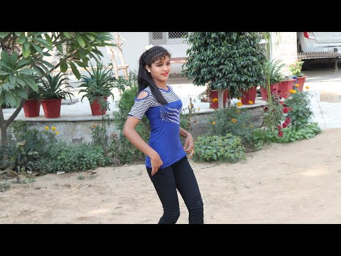 इस लड़की {नेहा} ने किया घर के आगे गार्डन में डांस || खुशबू उड़े चमेली की || Ajeet Katara Rasiya