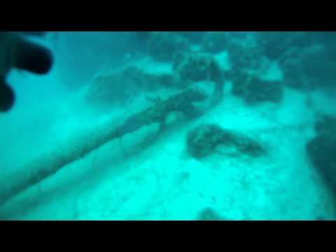wreck fishing boat 33 feet deep