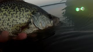 Crappie Fishing - How to Vertical Jig for Crappie