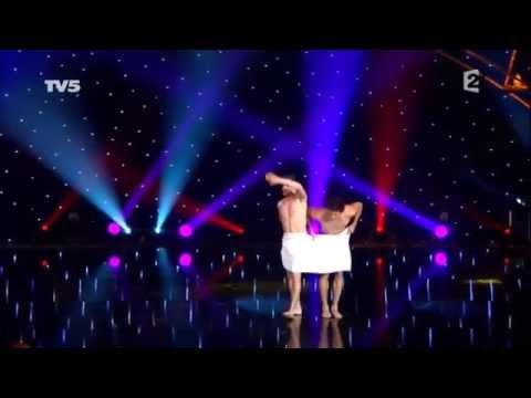 Новые Горячие Видео Приколы! Танцы с полотенцами АХАХА смех ржач прикол танец
