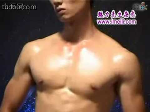 Boy nude khoe xác thịt   Clip vn