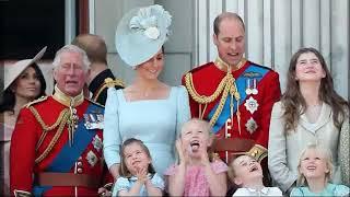 Cute Moments George, Charlotte And Their Cousins Savannah