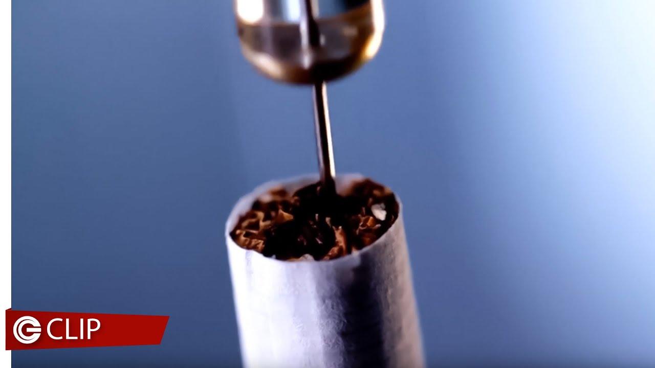 SMOKINGS di Michele Fornasero - Clip dal film #1 - La provocazione con la sigaretta killer