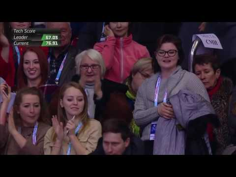 Маша, Даша, Женя и Галина Сергеевна голые на кровате. Фото