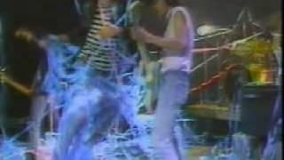 ザ・ブルーハーツ、インディーズ時代の映像です。 1986,THE BLUE HEARTS...